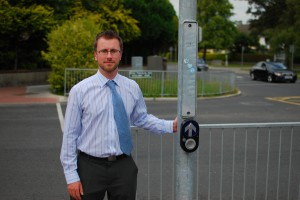New Pedestrian Crossing at Roselawn Road